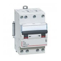 DX3 4P C10 4500A/6KA 3M